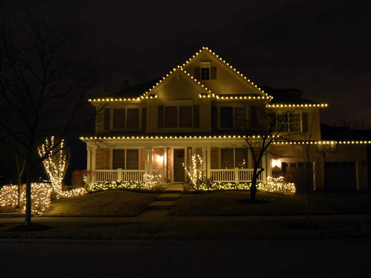 Northern Holiday Lighting