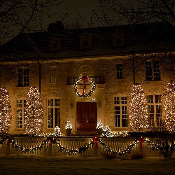 Northern Holiday Lighting Residential Chicagoland